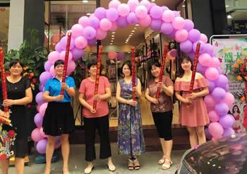 热烈祝贺江西信丰793店盛大开业!
